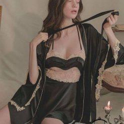 Đầm Ngủ Satin Phối Ren Ở Giữa